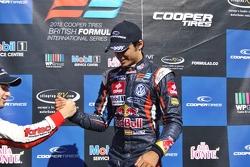Felix Serralles, Carlos Sainz Jr.