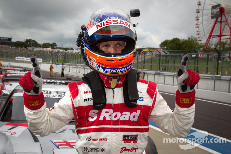 GT500 pole winner Ronnie Quintarelli celebrates