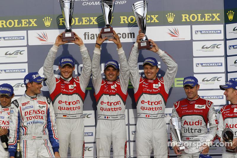 Overall podium: race winners Andre Lotterer, Benoit Tréluyer, Marcel Fässler, second place Nicolas Lapierre, Kazuki Nakajima, Alexander Wurz, third place Allan McNish, Tom Kristensen