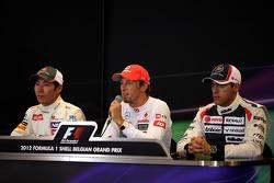 Eerste drie Kamui Kobayashi, Sauber F1 Team, Jenson Button, McLaren Mercedes en Pastor Maldonado, Williams F1 Team