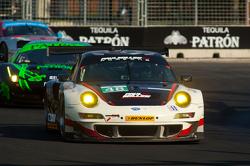 #48 Paul Miller Racing Porsche 911 GT3 RSR: Bryce Miller, Sascha Maassen