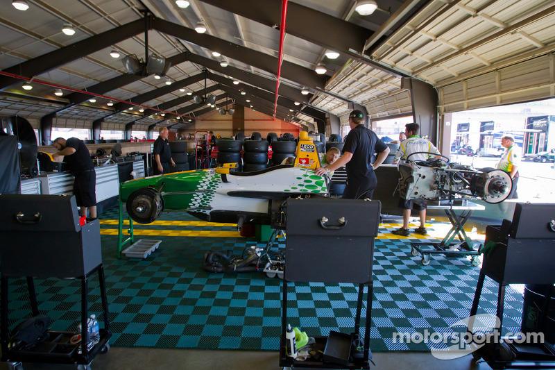 HVM Racing Lotus garage