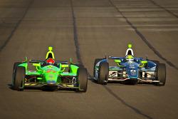 James Hinchcliffe, Andretti Autosport Chevrolet and Tony Kanaan, KV Racing Technology Chevrolet