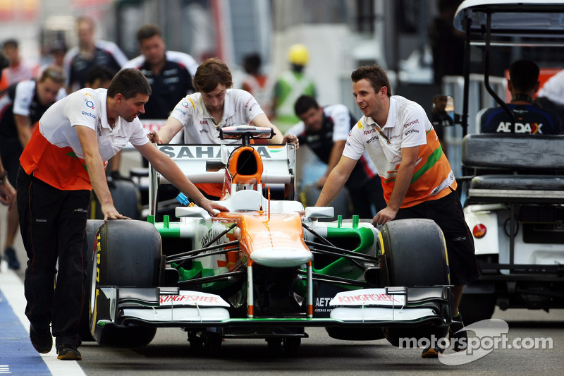 Sahara Force India F1 in pitlane