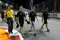 Sebastian Vettel, Red Bull Racing walks the circuit with Heikki Huovinen, Personal Trainer and Guillaume Rocquelin, Red Bull Racing Race Engineer,