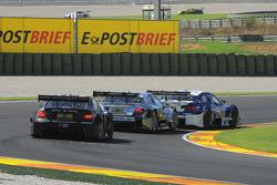Joey Hand, Team HWA AMG Mercedes, AMG Mercedes C-Coupe; Bruno Spengler, BMW Team Schnitzer BMW M3 DTM