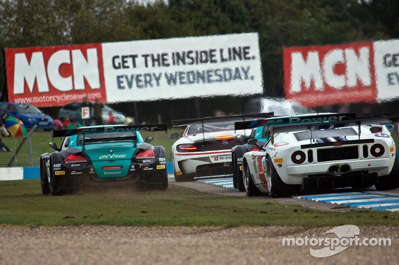 #17 BMW Team Vita4one BMW Z4 GT3: Mathias Lauda, Nicolaus Mayr-Melnhof #10 Sunred Ford GT: Benjamin Lariche, Laurent Groppi