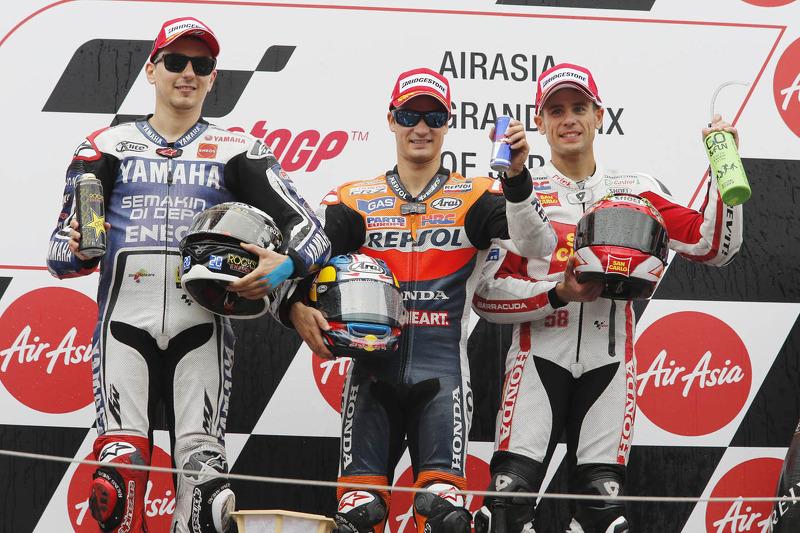 Podium 2012: Pemenang balapan Dani Pedrosa, Repsol Honda Team, peringkat ketiga Jorge Lorenzo, Yamaha Factory Racing, peringkat ketiga Alvaro Bautista, Honda Gresini
