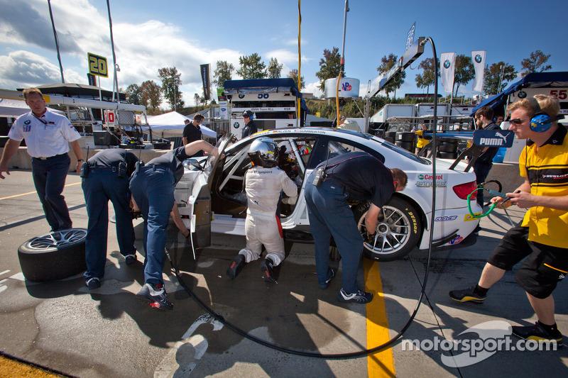 #56 BMW Team RLL E92 BMW M3: Dirk Muller, Uwe Alzen, Jonathan Summerton