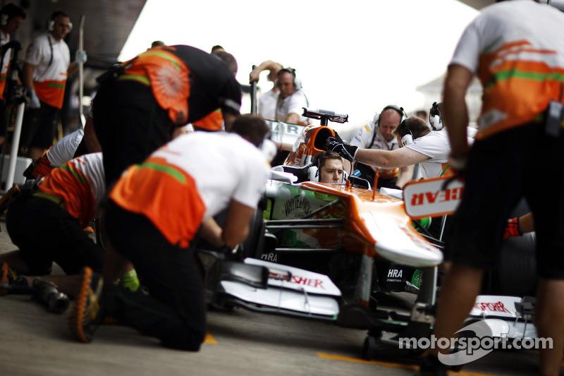 Sahara Force India F1 VJM05 oefening pitstops