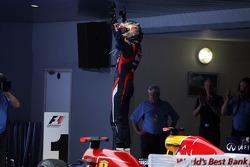 Race winnaar Sebastian Vettel, Red Bull Racing in parc ferme