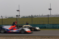 Trouble for the #12 Rebellion Racing Lola B12/60 Coupé Toyota: Nicolas Prost, Neel Jani