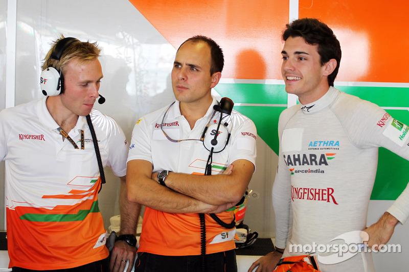 Jules Bianchi, Sahara Force India F1 Team derde rijder en Gianpiero Lambiase, Sahara Force India F1 Engineer