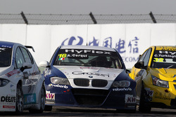 Alberto Cerqui, BMW 320 TC, ROAL Motorsport and Colin Turkington, Chevrolet Cruze 1.6T,  TEAM AVIVA-COFCO