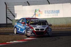 Tom Coronel, BMW 320 TC, ROAL Motorsport and Alain Menu, Chevrolet Cruze 1.6T, Chevrolet