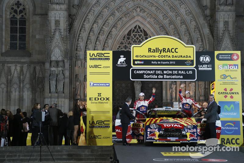 Ceremoniële start: Mikko Hirvonen en Jarmo Lehtinen, Citroën DS3 WRC, Citroën Total World Rally Team