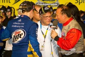 Championship victory lane: 2012 NASCAR Sprint Cup Series champion Brad Keselowski, Penske Racing Dodge celebrates with his dad