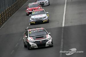 Tiago Monteiro, Honda Civic Super 2000 TC.