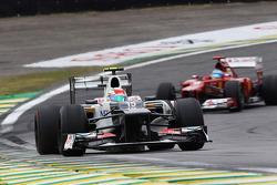 Sergio Perez, Sauber leads Fernando Alonso, Ferrari