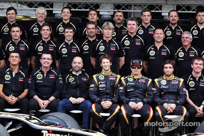 Lotus F1 Team team photograph