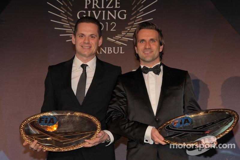 Маркус Винкельхок и Марк Бассенг. Церемония награждения FIA, Стамбул, Турция, Особое мероприятие.