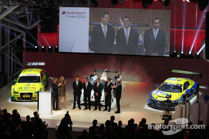 Le Mans winnaars Andre Lotterer, Marcel Fässler, Benoit Tréluyer