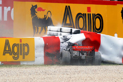 Crash de Heikki Kovalainen, McLaren MP4-23 Mercedes