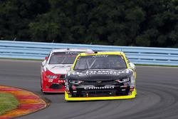Paul Menard, Richard Childress Racing Chevrolet and Brad Keselowski, Team Penske Ford