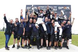 Il vincitore Johan Kristoffersson, Volkswagen Team Sweden, il secondo classificato Petter Solberg, PSRX Volkswagen Sweden VW Polo Gti