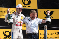 Podyum: Yarış galibi Marco Wittmann, BMW Team RMG, BMW M4 DTM, Stefan Reinhold, Team principal BMW Team RMG