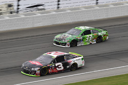 Austin Dillon, Richard Childress Racing Chevrolet, Jeffrey Earnhardt, Circle Sport - The Motorsports Group Chevrolet