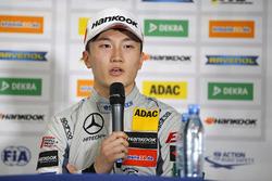 Press Conference, Tadasuke Makino, Hitech Grand Prix, Dallara F317 - Mercedes-Benz