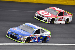 Джейми Макмарри, Chip Ganassi Racing Chevrolet и Кайл Ларсон, Chip Ganassi Racing Chevrolet