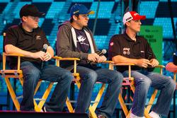 Foro del Aficionado: Regan Smith, Phoenix Racing Chevrolet, Martin Truex Jr., Michael Waltrip Racing
