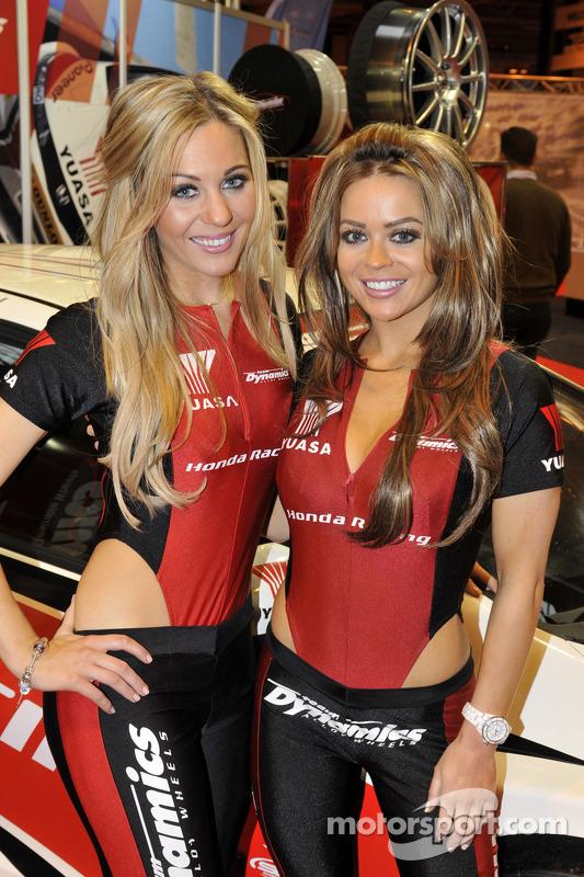 Honda Racing grid girls