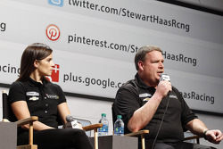 Danica Patrick, Stewart-Haas Racing Chevrolet and crew chief Tony Gibson