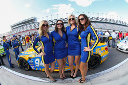 Turner Motorsports Girls