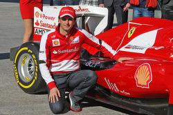 Педро де ла Роса. Первый день Педро де ла Росы в Ferrari, Особое мероприятие.