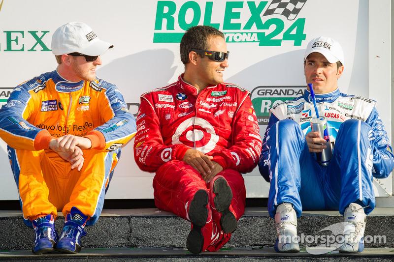 DP victory lane: overall-winnaars Charlie Kimball, Juan Pablo Montoya en Memo Rojas