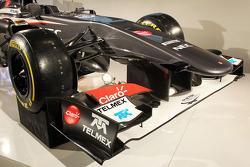 Sauber C32 front wing