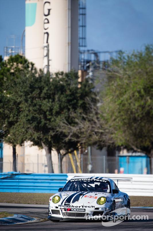 #22 Alex Job Racing Porsche 911 GT3 Cup: Cooper MacNeil, Jeroen Bleekemolen, Louis-Philippe Dumoulin