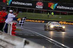 #36 Erebus Motorsport Mercedes SLS AMG GT3: Bernd Schneider, Thomas Jäger, Alex Roloff takes the win
