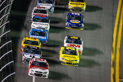 Kevin Harvick, Richard Childress Racing Chevrolet leads the field