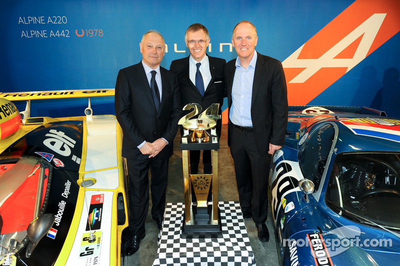 Carlos Tavares, operating chief Renault, en Philippe Sinault, Signatech