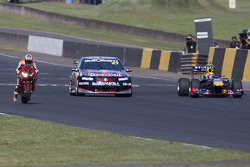 V8 Supercar vs motor vs F1