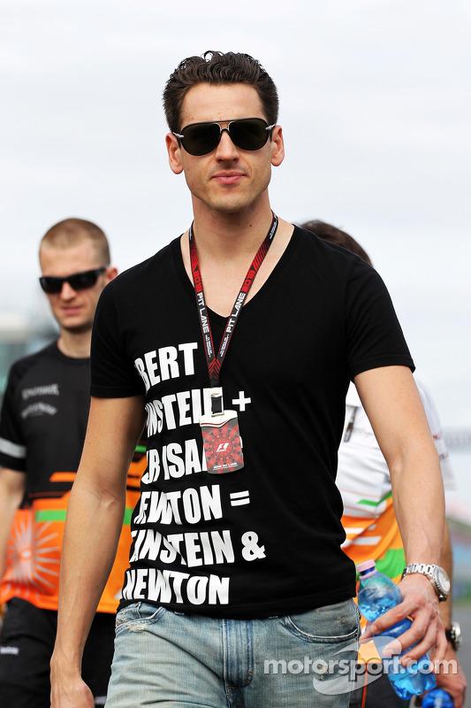 Adrian Sutil, Sahara Force India F1, anda na pista