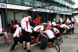 Marussia F1 Team practice pit stops