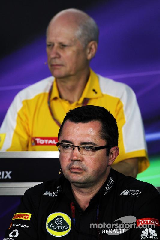 Eric Boullier, chefe da equipe Lotus F1 e Jean-Michel Jalinier, Presidente da Renault, na Conferência de Imprensa FIA