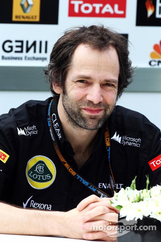 Naiguel Pilbeam, engenheiro chefe da team Lotus F1