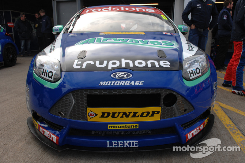 Airwaves Racing Ford Focus